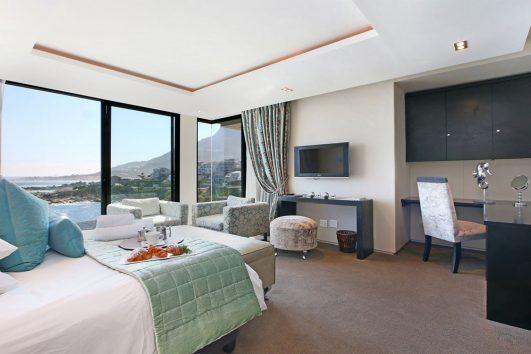 Azamare - Bedroom