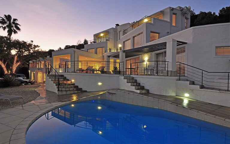 Villa Afrikana pool